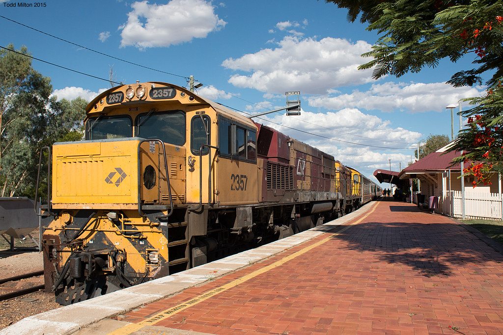 SOTO Longreach arrival by Todd's Transport World