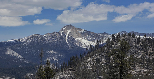 california clouds spring yosemitenationalpark cloudformations canonphotography snowcoveredmountains californialandscapes californiamountainranges