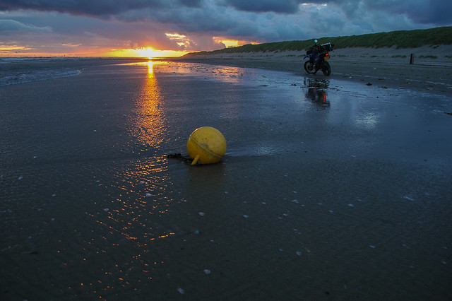 Vlieland - Noordzeestrand - noordwestenwind
