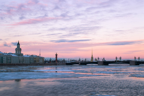 city winter sunset sky cold ice water river stpetersburg landscape