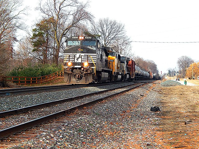 NS 9142 on the Marion Brach at Leesburg Indiana