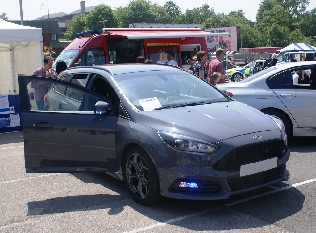 Staffordshire Police Unmarked Ford Focus ST | Staffordshire