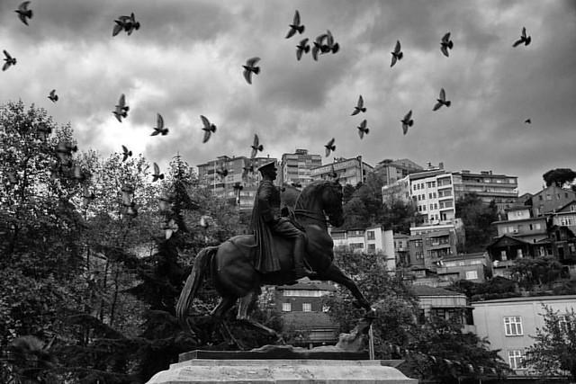 Saygı ve özlemle anıyoruz.  #zonguldak #zonguldaknet #zonguldakfotografdernegi #onkasım #Atatürk