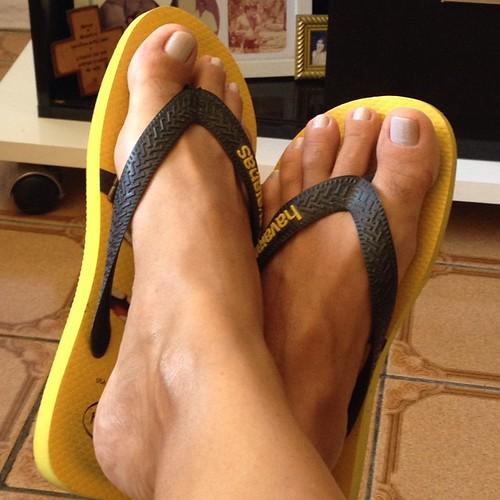#feet #unhasgrey #onephotoaday #photo16/365 | by Jan Lamour