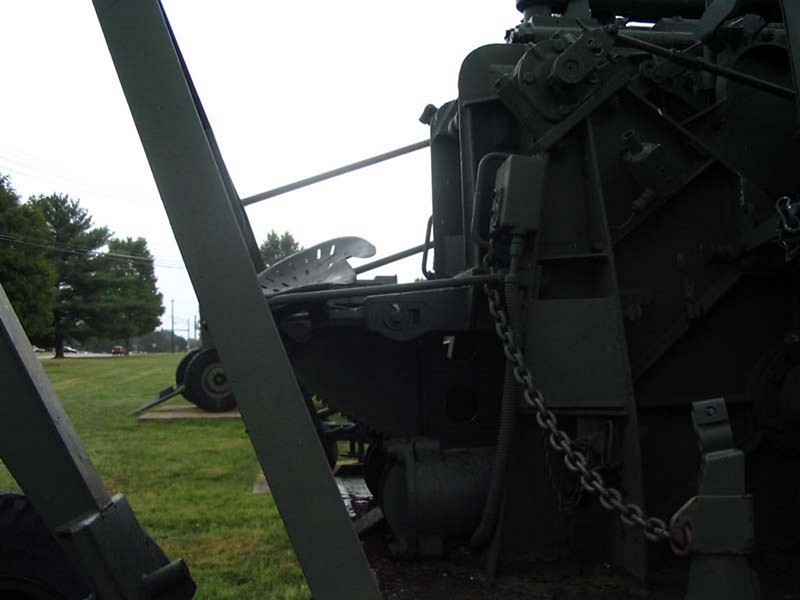NAM 90 mm M2 protiletalski Pištolo 6