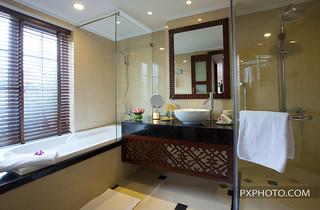 Bathroom | La Siesta Suite | Hanoi La Siesta Hotel