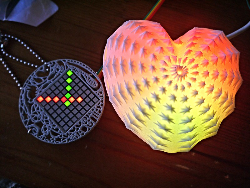 Testing out my EEG Visualising Pendant + AnemoneStarHeart for exhibiting