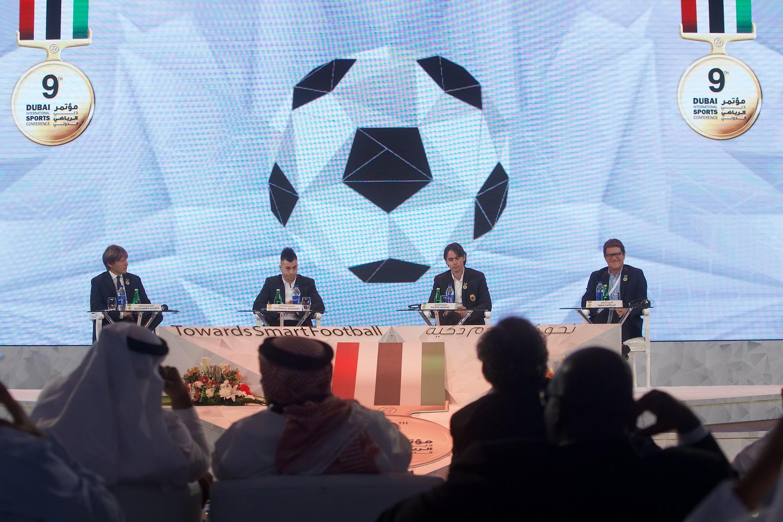 Globe Soccer 019