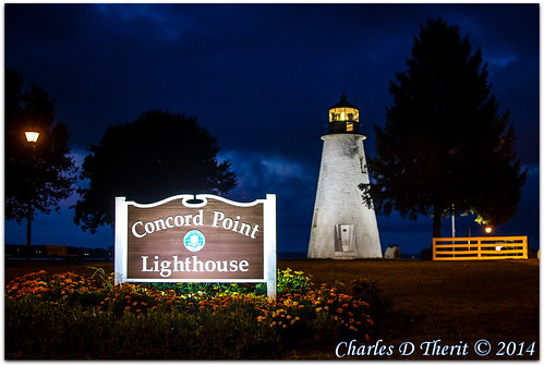 140 1d 1div 35mm 35350mm 40 bluehour canon chesapeakebay concordpoint ef35350mmf3556lusm eos eos1dmarkiv explore explored flowers havredegrace landscape lighthouse mark4 maryland md morning northamerica sign superzoom susquehannariver unitedstates usa havre de grace renown landmark special famous historic best wonderful perfect fabulous great photo pic picture image photograph esplora
