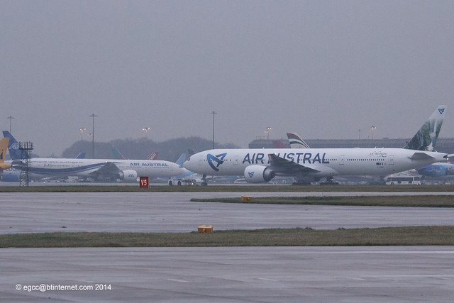 F-ONOU / F-OREU Air Austral B777-300 - Air Livery re-spray swapover, one in, one out
