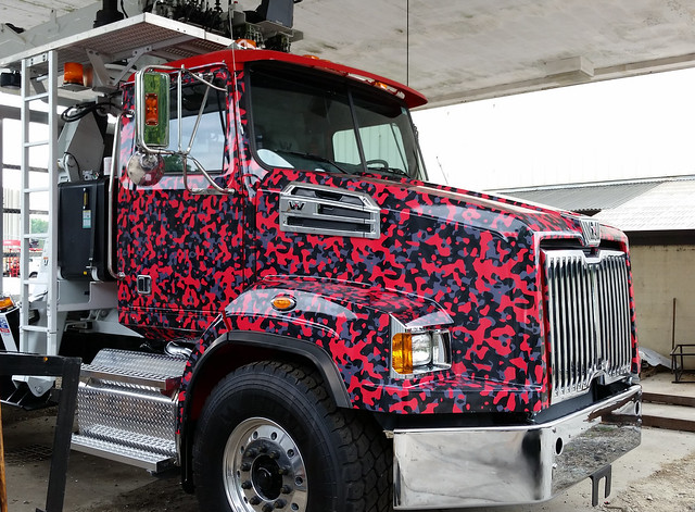 VH Trucking Red Camo