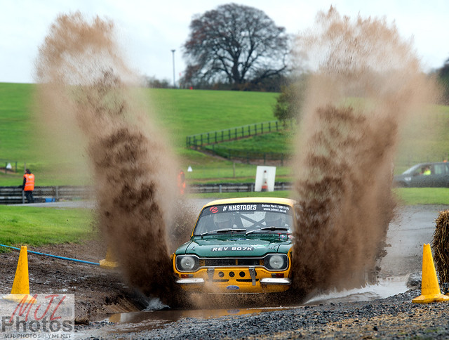 Rally Ford Escort and the Water Splash