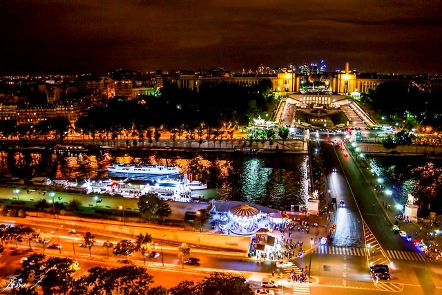 The night view of Paris 09