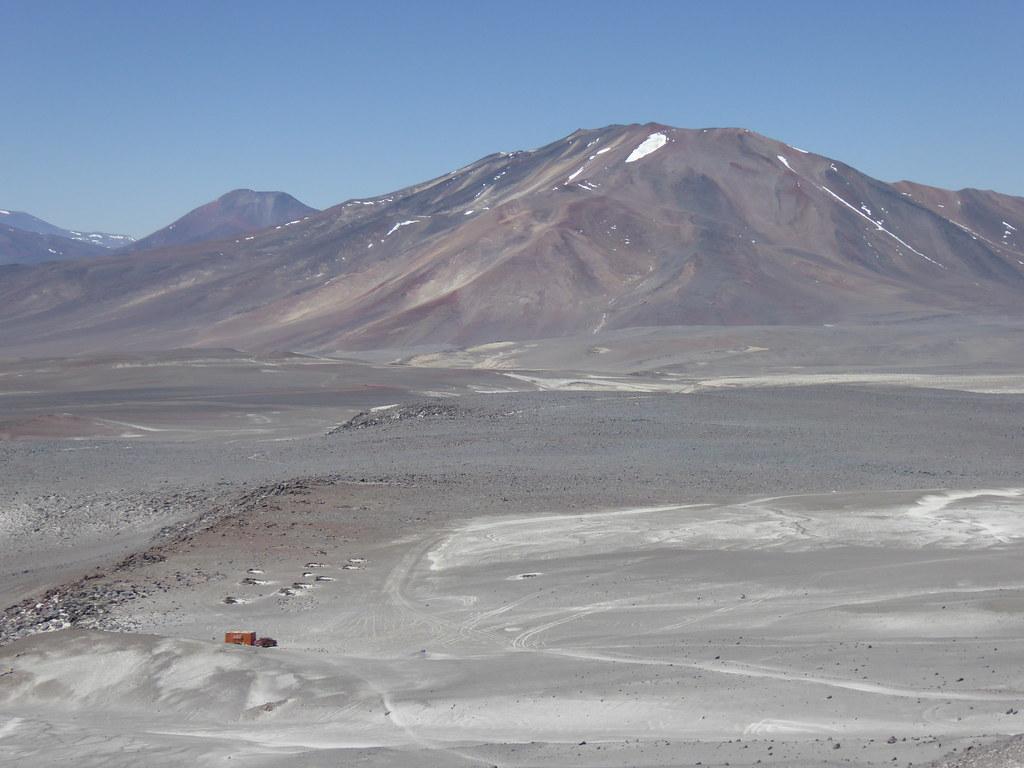Atacama Refuge, Ojos del Salado