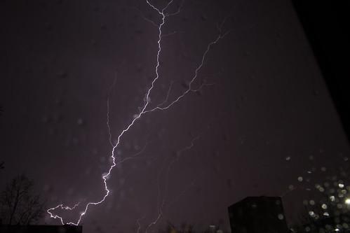Lightning over the city_4