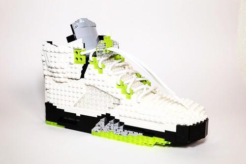 LEGO Nike Air Jordan Retro V - Quai 54