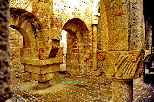 472 - Cripta - Monasterio San Salvador de Leyre (Navarra) - Spain.