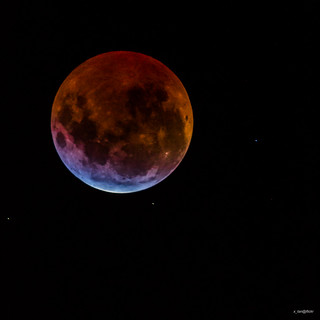 Total Lunar Eclipse 2015 @ 1120mm | by x_tan