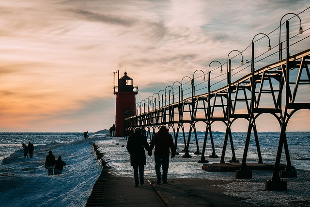 South Haven: Hand In Hand [Explored]