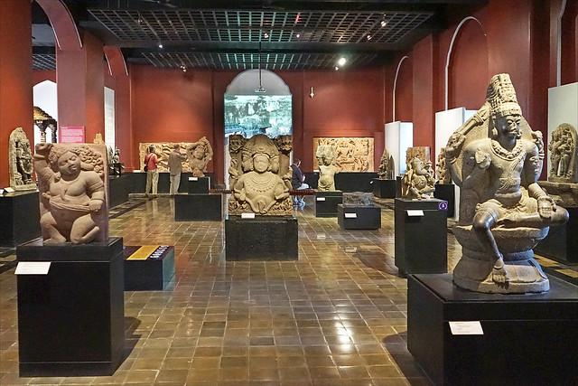 La galerie des sculptures (Museum CSMVS, Mumbai, Inde)