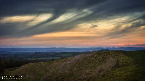 sky clouds landscape dawn sony wittenhamclumps southoxfordshire a99 sonyalpha andyhough slta99v andyhoughphotography