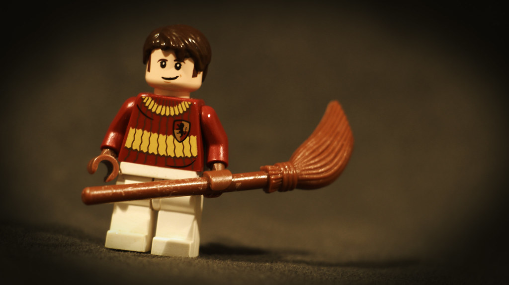 LEGO Oliver Wood | Minifigure of Quidditch Captain, Oliver W… | Geertos13 |  Flickr