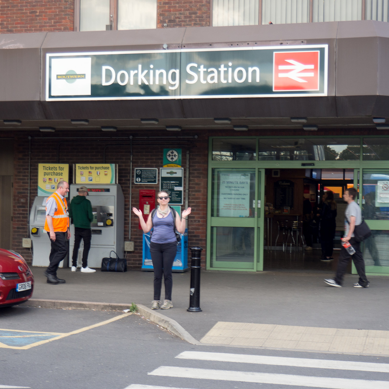 "Dorking Station! We walked the Mole Gap Trail from Leatherhead to Dorking, with a detour for Box Hill. www.visitdorking.com/explore/walks-and-trails/mole-gap-trail/"" rel=""nofollow www.visitdorking.com/explore/walks-and-trails/mole-gap-tr... www.walkingclub.org.uk/book_1/walk_49/"" rel=""nofollow www.walkingclub.org.uk/book_1/walk_49/"