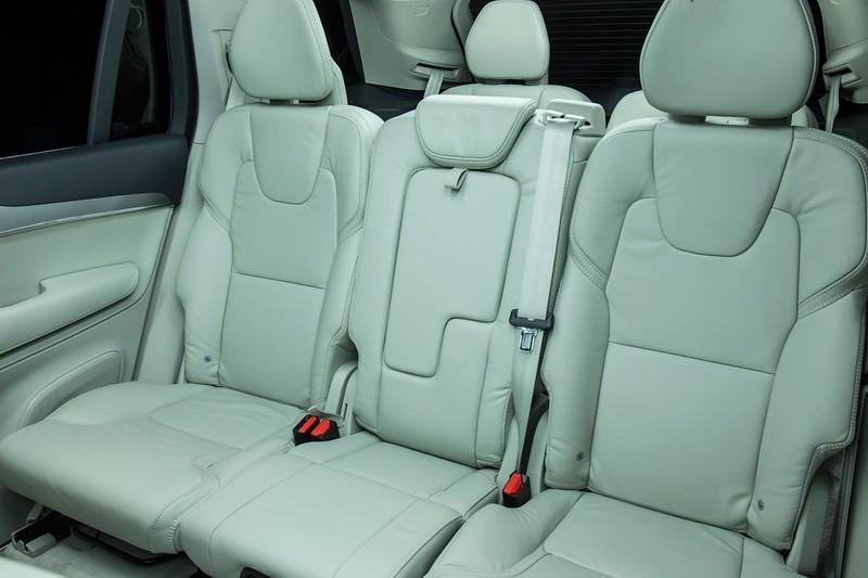 2015 Volvo XC90 - Review