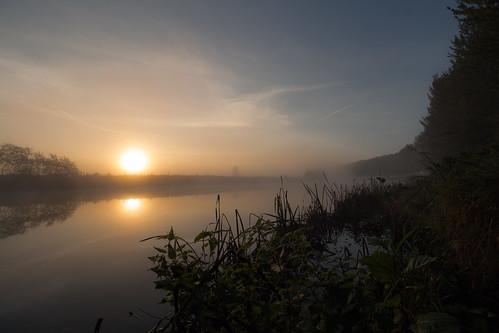 uk morning autumn ireland sky mist reflection fall misty sunrise canon river eos october unitedkingdom walk glenn northernireland sunreflection portadown 2015 riverbann countyarmagh cartmill 650d