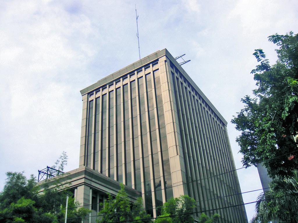 Graha HSBC Surabaya