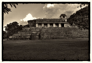 Palenque MEX - The Palace 03