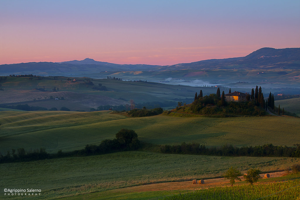 Podere Belvedere at sunrise