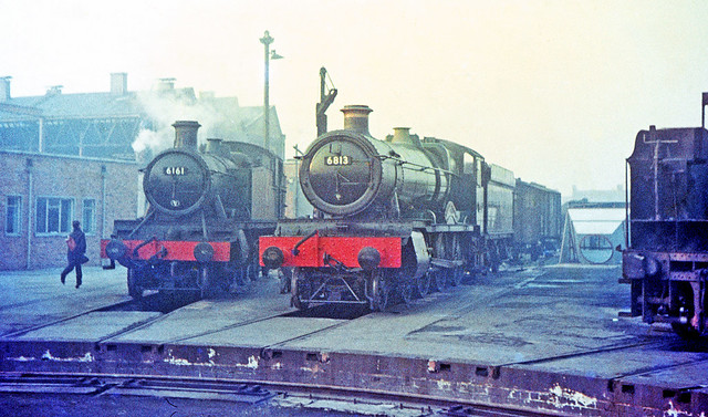 R1239.  6161 and 6813 at Swindon. 8th December, 1963.
