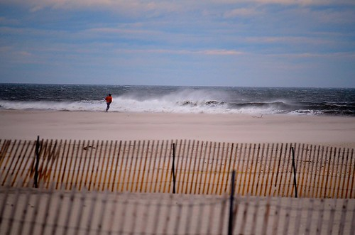 beach march sand waves cloudy windy longisland jonesbeach beachfence 2015 nikond5100 parkingfield6