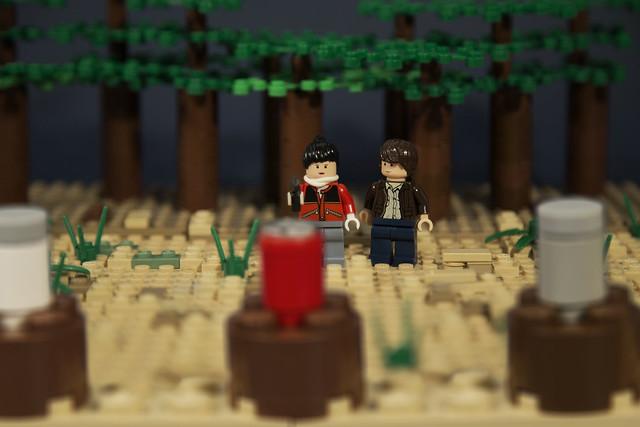 LEGO Stranger Things - Jonathan and Nancy's target practice