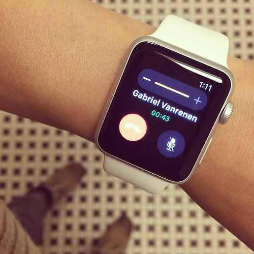 Making an 'inspector gadget' call on my #Apple #Watch! | by mariachily