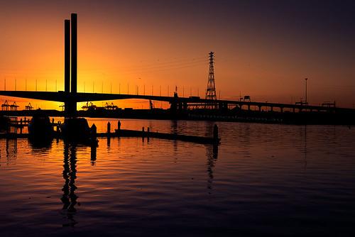 bridge sunset river landscape photographer photos silhouettes australia melbourne images victoria yarra environment fineartphotography boltebridge environmentalphotography fineartphotographer nikond800 environmentalphotographer leannecole leannecolephotography