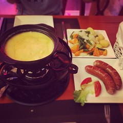 Cheese fondue in swiss house #switzerland #dinner #cheese #fondue #yummy #iphone6 #instagram