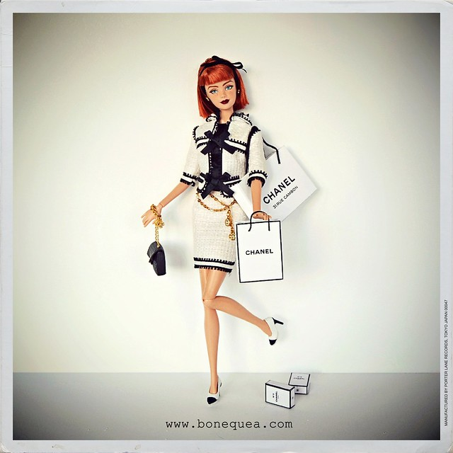 Barbie loves Chanel
