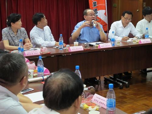 圖03莊理事長主持雙方交流座談會