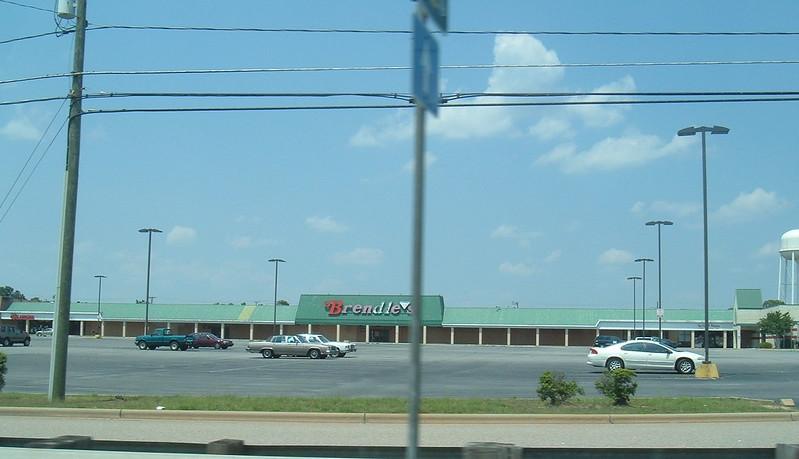 Brendle(diamond)s [closed since 1996?] Roanoke Rapids, NC