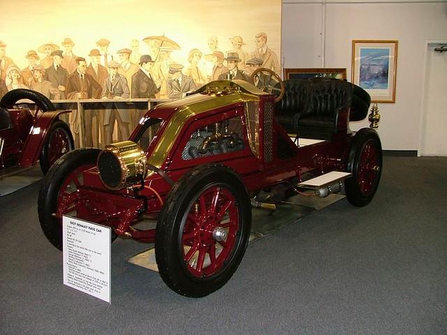 2004TB047
