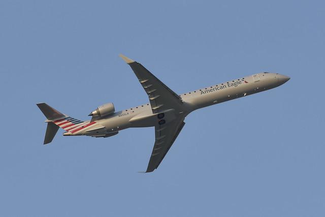 N855LR  Canadair CRJ-900  AAL  KIAH  20150829  002