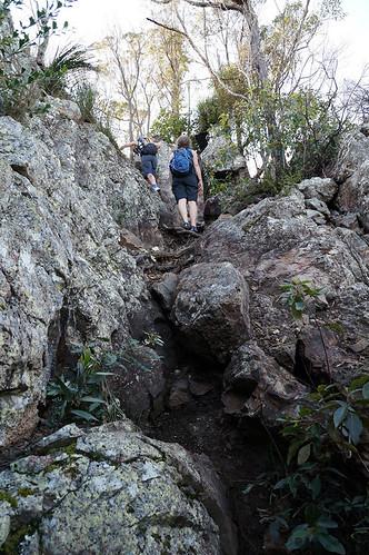 rocks hiking australia bushwalking queensland flinders ipswich flinderspeak