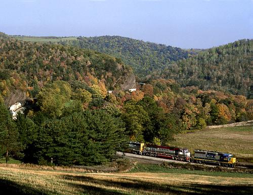 train rail railway railroad csx manse pa pennsylvania alleghany