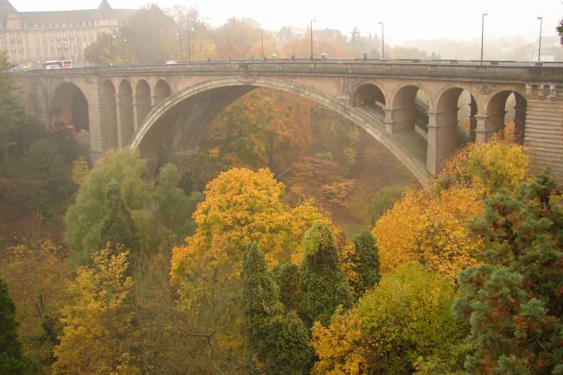 LU Luxemburgo 0710 (139)