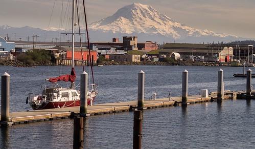sailboat volcano sony mountrainier tacoma washingtonstate theafosswaterway a37
