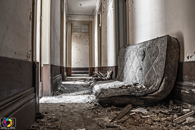 Abandoned bed