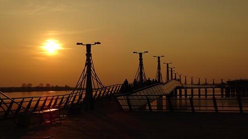 sunset water river pier poland polska wisła płocks