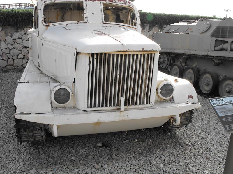 AT-L Artillery Tractor 8